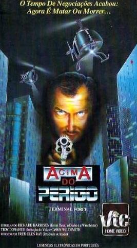 Poster do filme Acima do Perigo