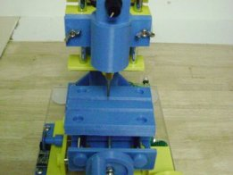 3D printed mini manual mill