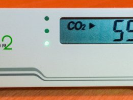Reverse-Engineering a low-cost USB CO₂ monitor