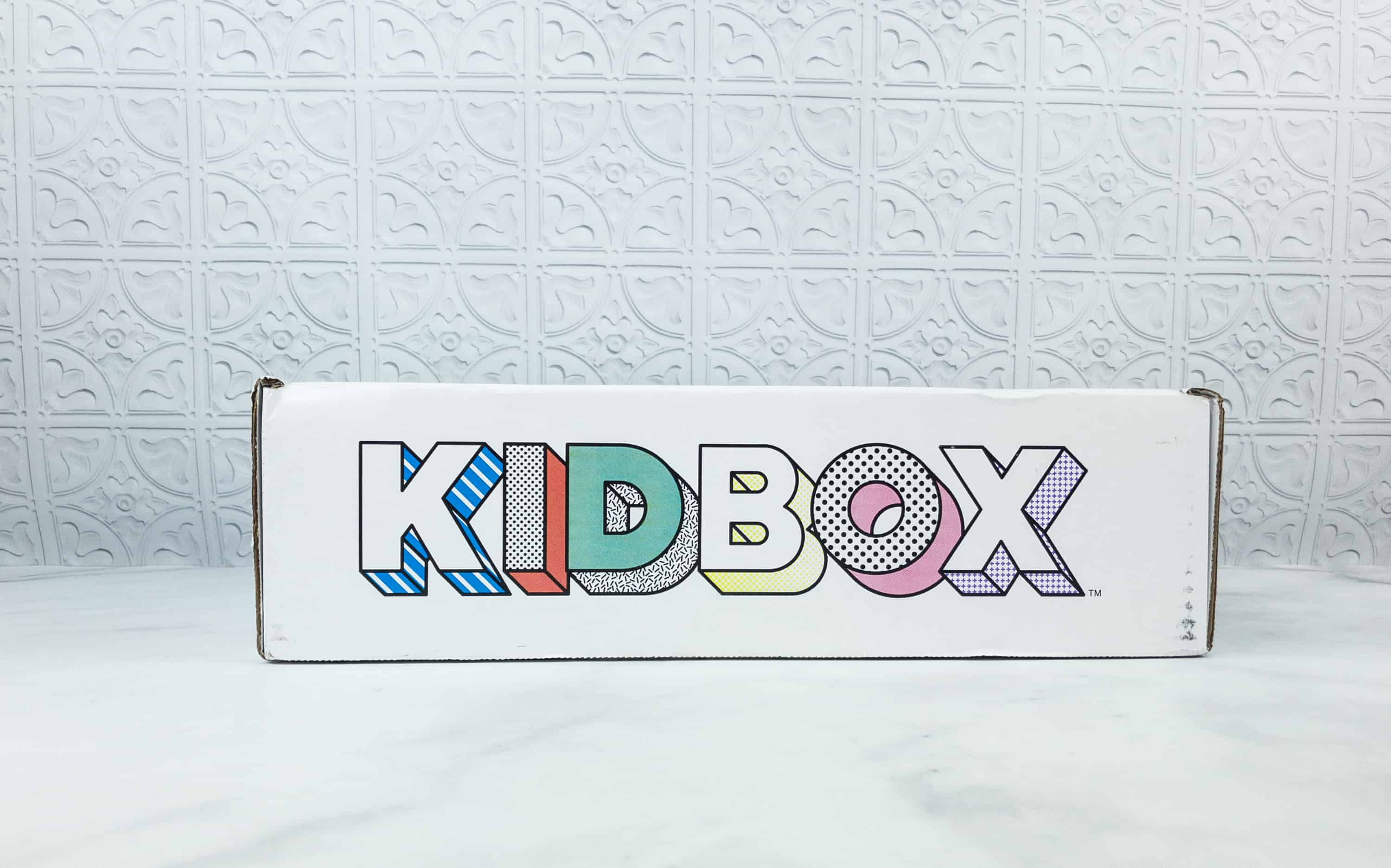 The Babies Containing Premierbaby Clos Accessories Averaging Per Item If You Keep Each Kidbox Baby Summer 2018 Subscription Box Review Coupon Girls Baby By Kidbox Is A Styling Subscription Box baby Baby Subscription Box