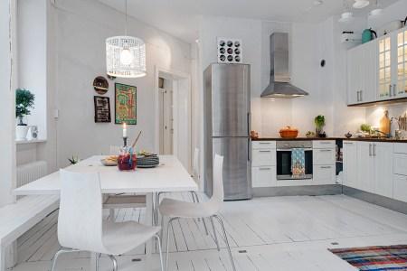 white eat in kitchen design
