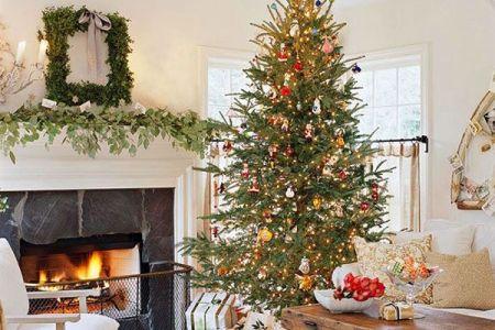 trditional christmas tree