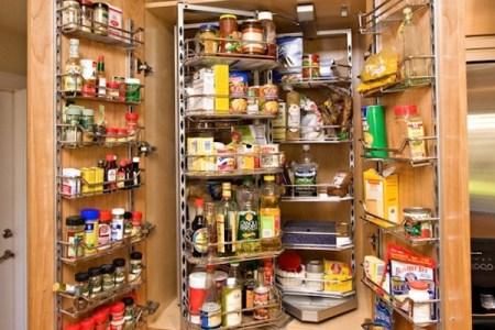 kitchen small pantry ization1