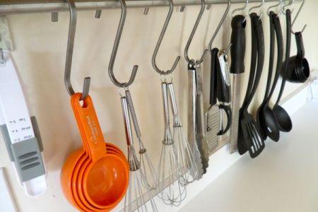 utensil storage wall