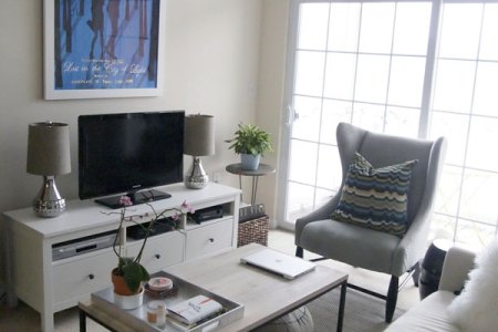 how to decorate a small living room homedit