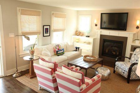 nice small living room furniture arrangement