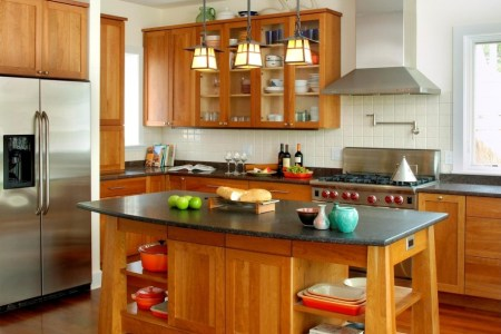 traditional wood kitchen design