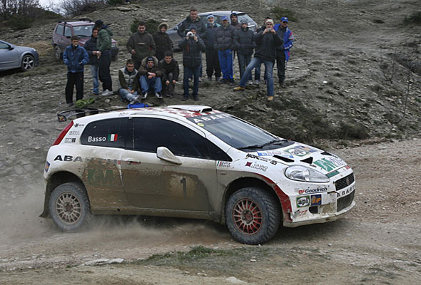 fiat-grande-punto-abarth-rally-02.jpg