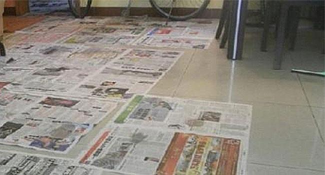 5.地板鋪報紙A