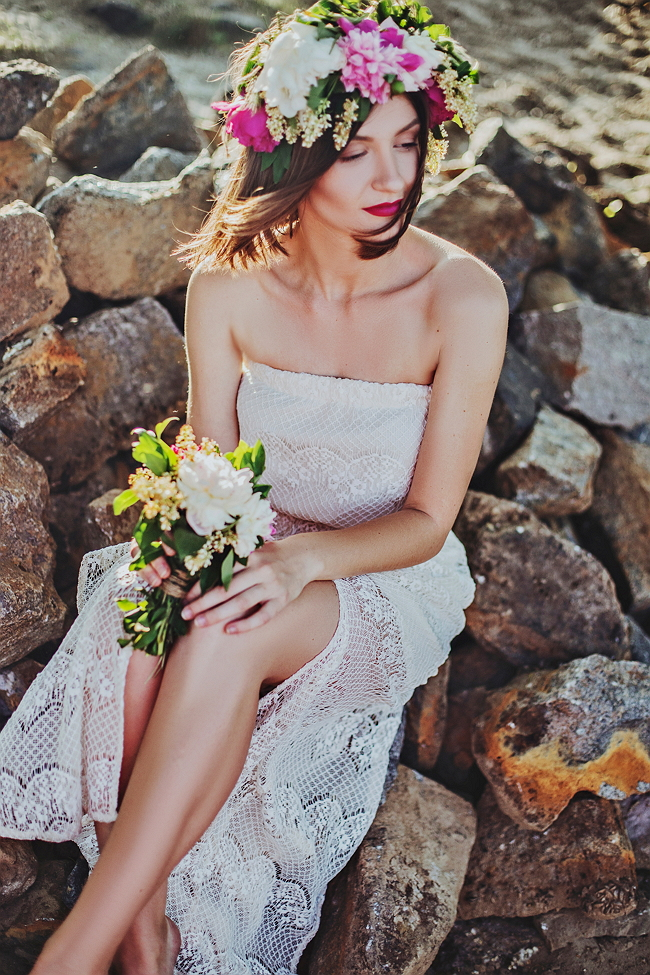 woman-photography-flower-bouquet-spring-fashion-10900-pxhere