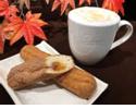 肉桂楓糖蛋糕棒+蜂蜜鮮奶茶