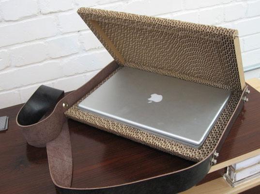 cardboardlaptopcase1.jpg