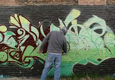 graffiti_outline2.jpg
