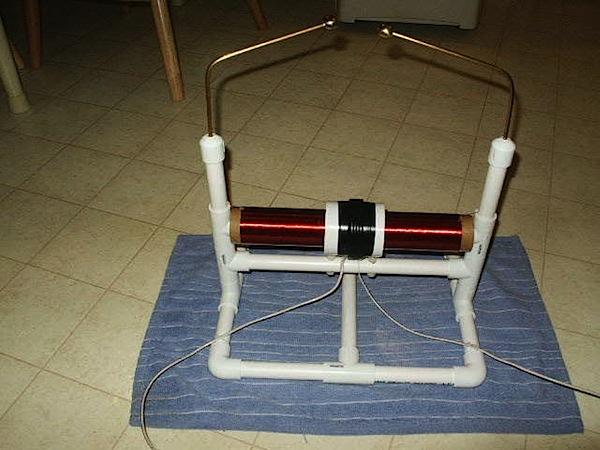 tabletopteslacoilinstructables.jpg