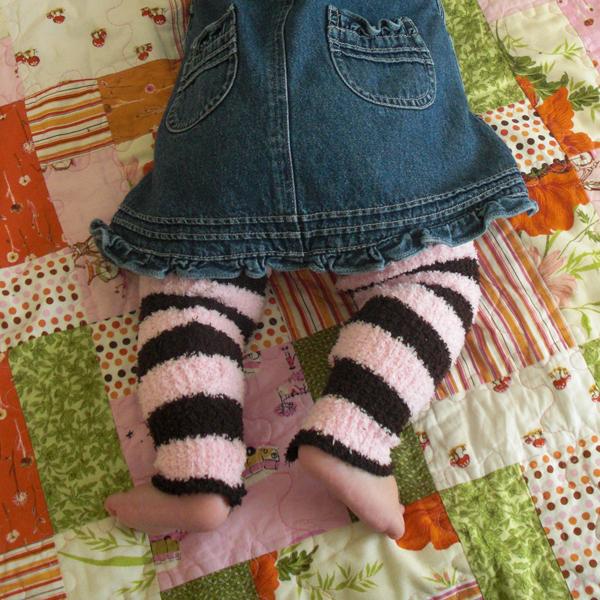 dollar_store_scarf_leg_warmers.jpg