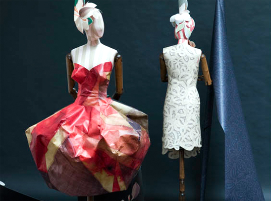 vivienne_westwood_wallpaper_dress.jpg
