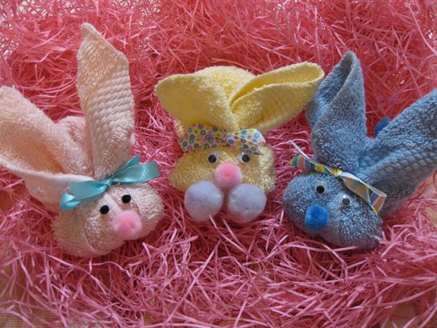 washcloth_bunnies_petiteplanet.jpg