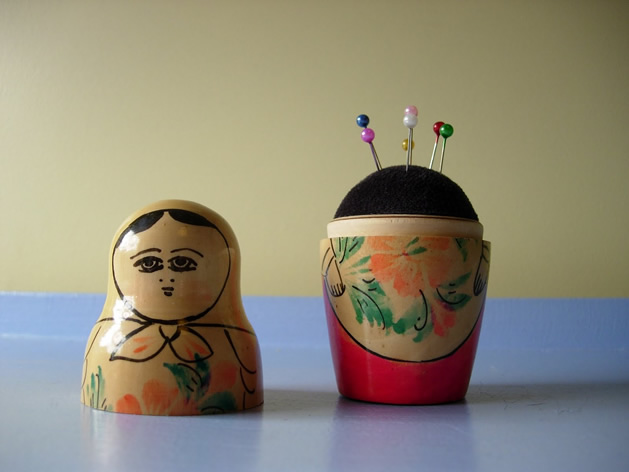 How_To_Nesting_Doll_Pin_Cushion.jpg