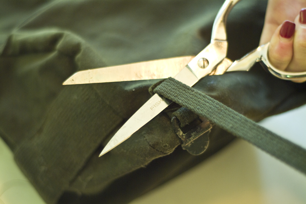 bag_strap_recon_02.jpg