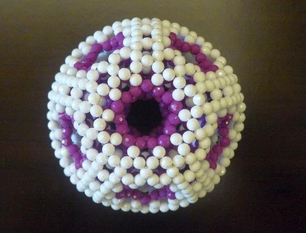 bead-high-genus-fullerene.jpg