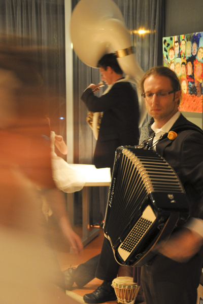 Carolinewedding Accordion