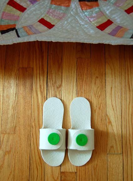 how_to_sew_felt_slippers.jpg
