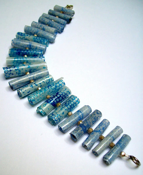 save_my_oceans_upcycled_plastic_beads.jpg