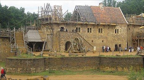 medievalcastle1.jpg