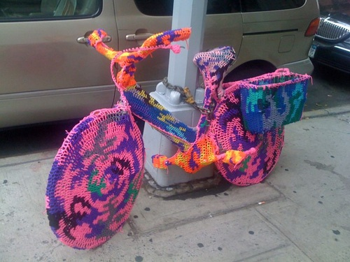 Sweater-Bike-In-Soho-Nyc-23278-1279815109-23