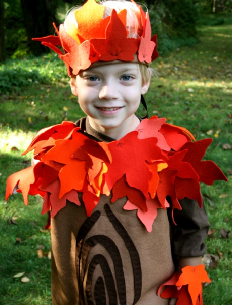 halloween bazaar tree costume.jpg