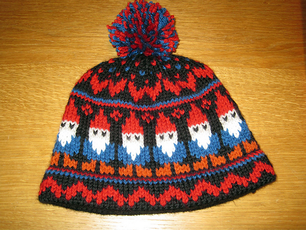 gnome_knit_hat.jpg