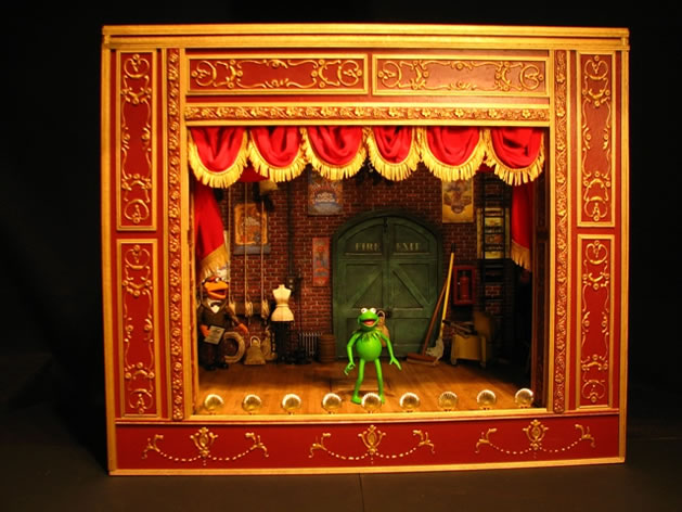 muppet_show_theater_set.jpg