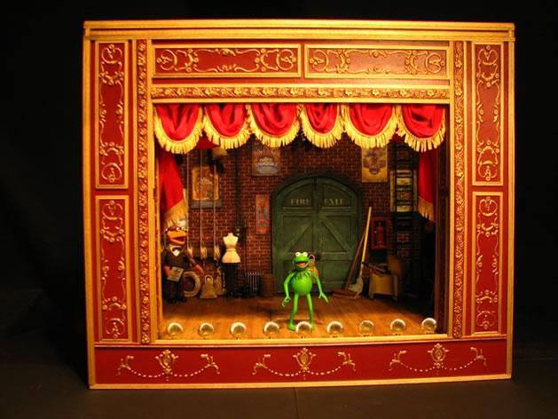 muppet_show_theater_set.jpg