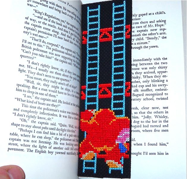 donkeykongbookmark_finishedb.jpg