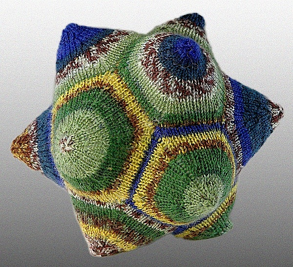 dodecahedron-knit1.jpg