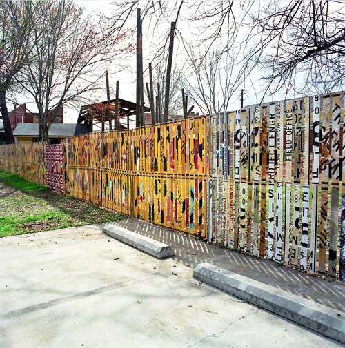Road-Sign-Fence.jpg