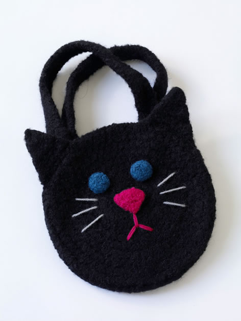 crochet_black_cat_bag.jpg