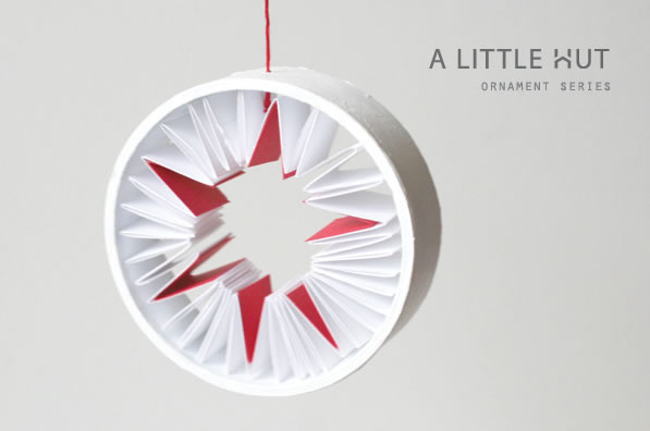 recycled_paper_ornament_little_hut.jpg