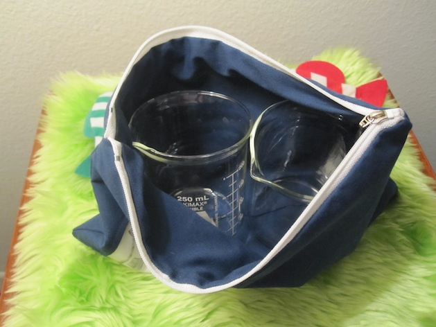 cationdesigns_beaker_pouch_with_beakers.jpg