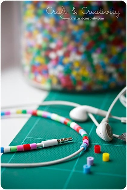 craftandcreativity_decorate_earbuds.jpg