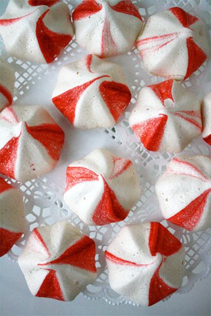 recipe_peppermint_meringue_cookies.jpg