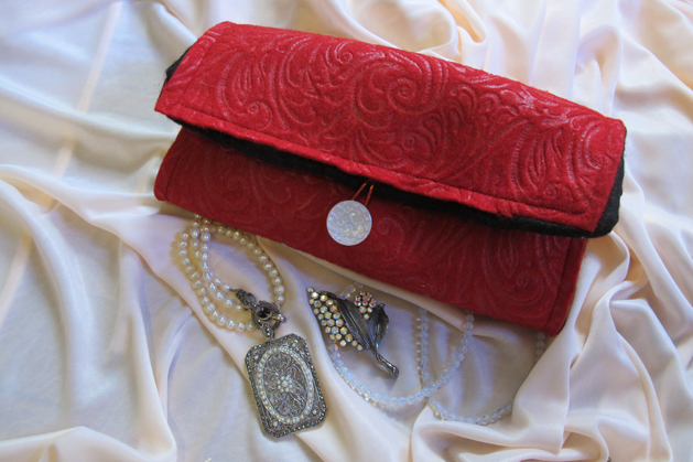 traveljewelryclutch_finished2.jpg