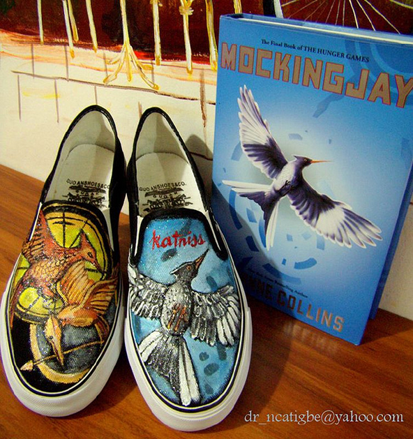hunger_games_handpainted_shoes.png