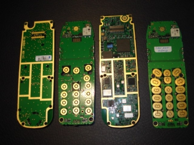 cell_phone_circuit_board