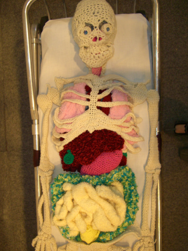 knitted-skeleton-papp-2