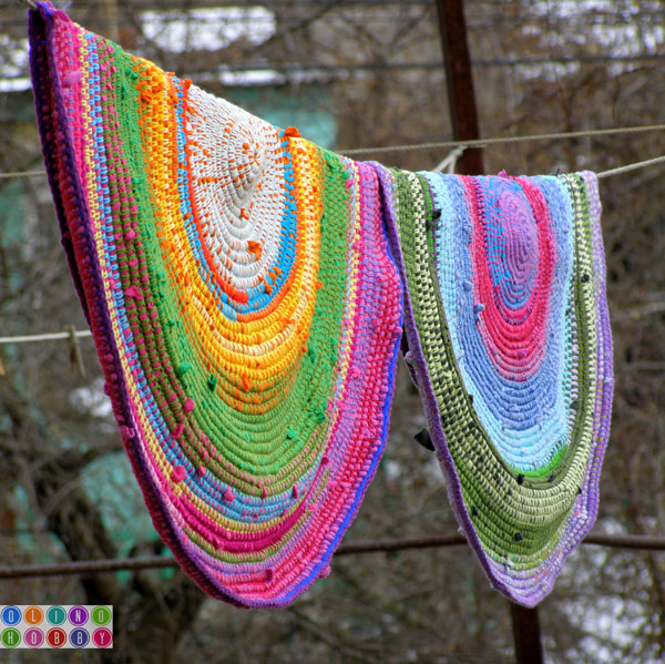 Crocheting A Rug : ... crocheting a rug with yarn & old t-shirts from Olga at Olino Hobby