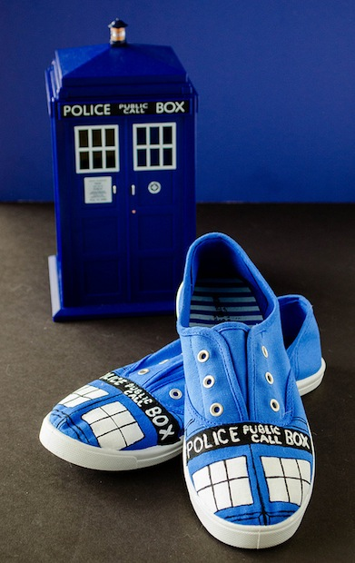 cookingalamel_TARDIS_shoes