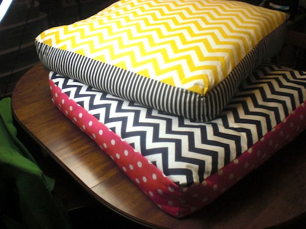 ovenlovin_chevron_floor_pillows_01