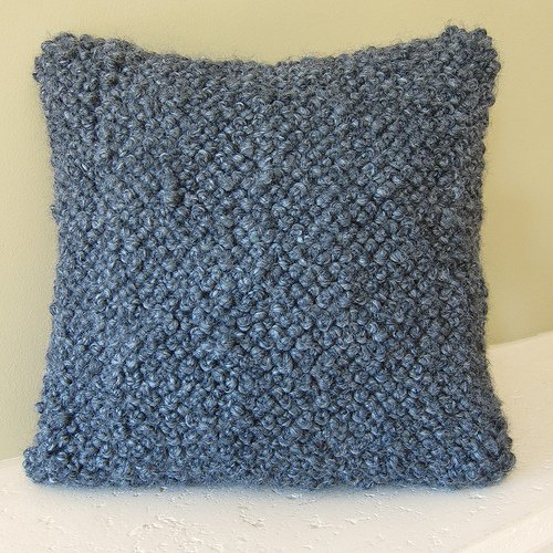 Bulky-French-Knot-Pillow-1