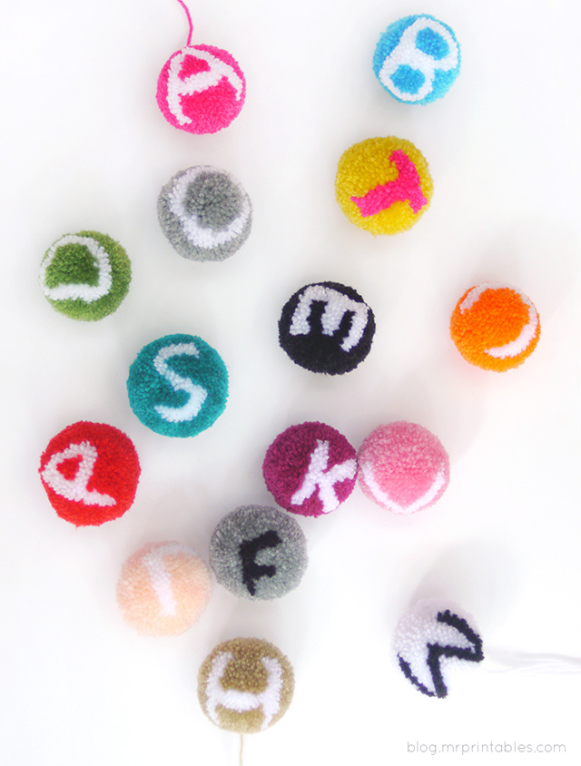 how-to-make-abc-pompoms-tutorial